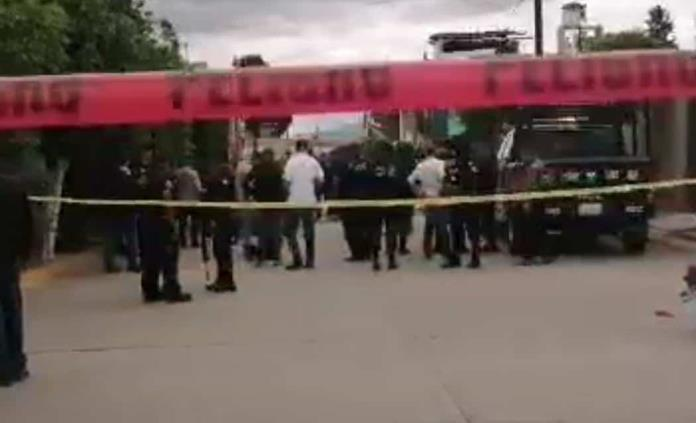 Attack shot to death by police officers in the Progress, one dead and two wounded; also wounded a civilian