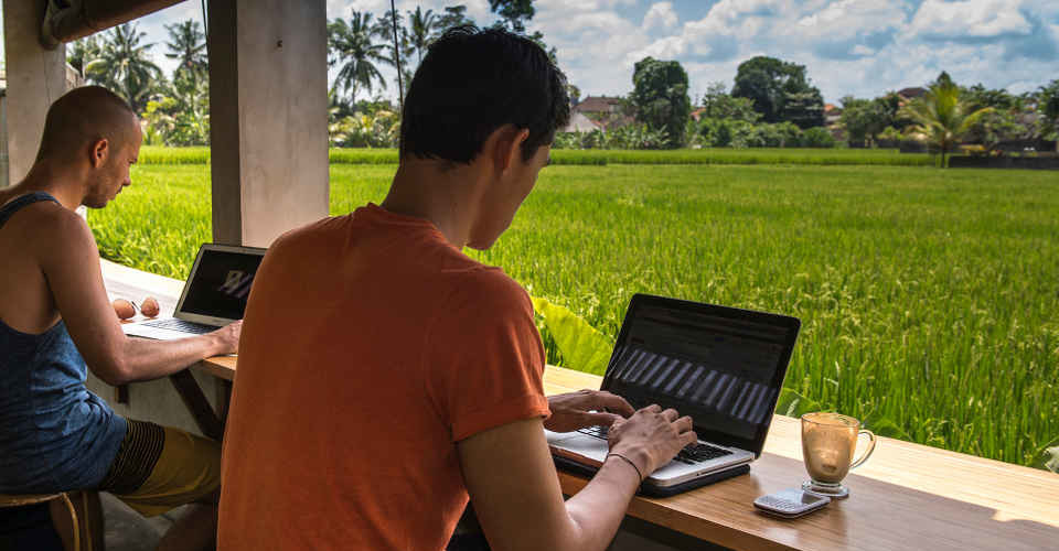 Hubud-Laptops-Ricefields960-960x500