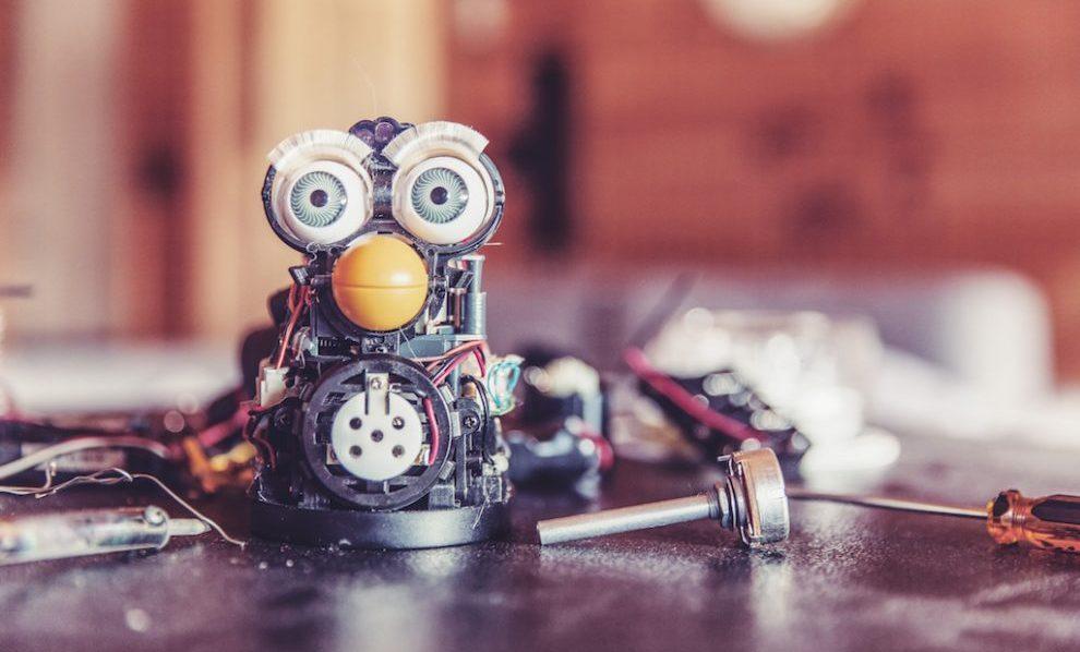 Inteligencia artificial - robots - abogados