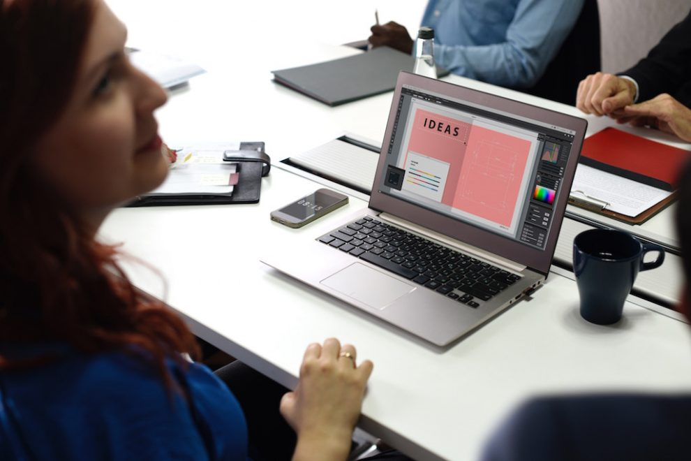 'Girl power': Casos reales de mujeres que se destacan en tecnología