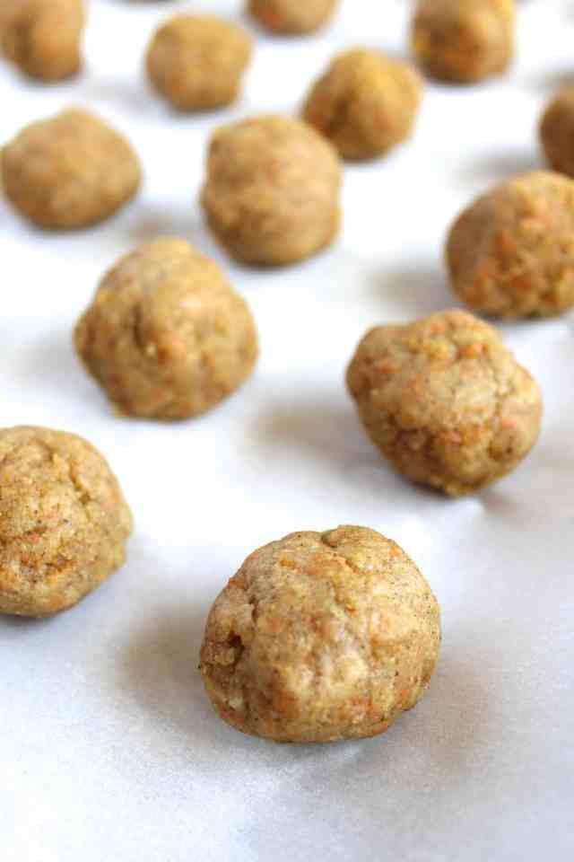 Vegan Carrot Cake Balls {pumpkin & peanut butter}