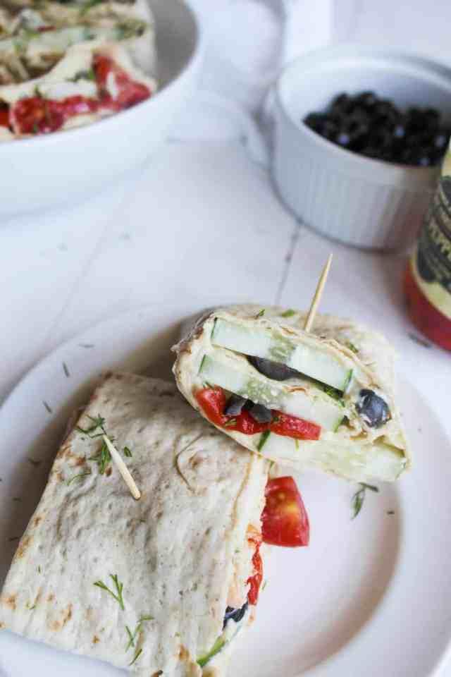 Mediterranean Lavash Pinwheel Roll Ups {vegan} // pumpkinandpeanutbutter.com