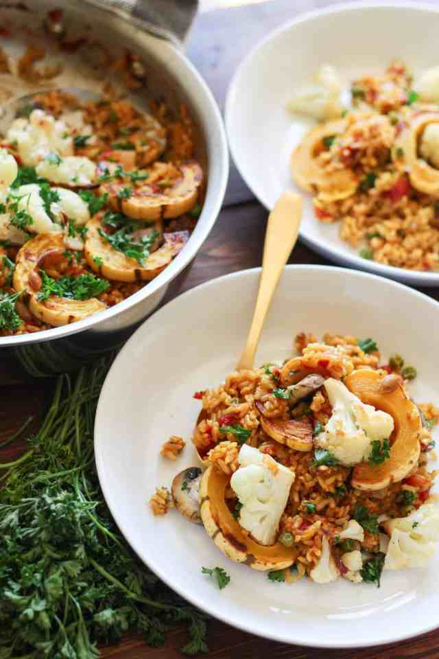 Autumn Vegetable Paella {vegan, gluten free} // pumpkinandpeanutbutter.com