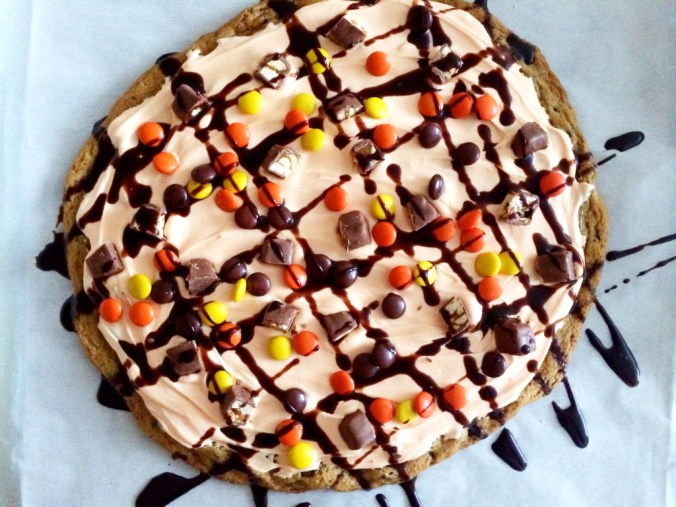 cookie pizza birds eye view