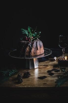 Red wine bundt cake with chocolate ganache