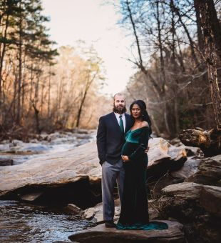 Maternity Photoshoot at Sope Creek Paper Mill Ruins