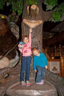 Ariella and Cambree at Great Wolf Lodge