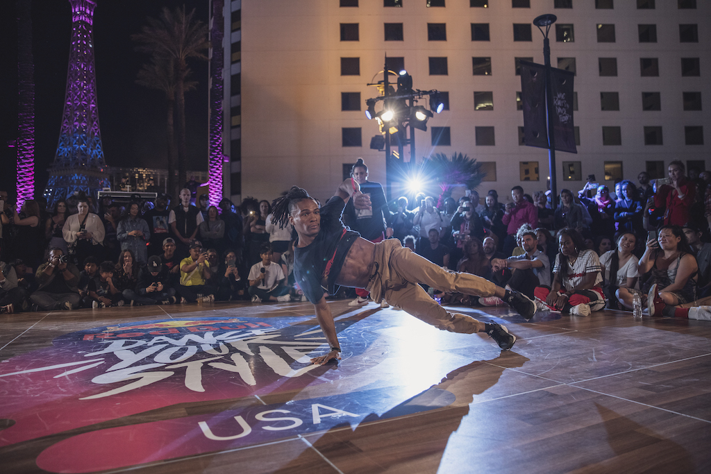 A Harlem Breakdancer Takes On Racism and the Pandemic Back in Brazil