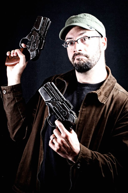 BSG Pistol - Hero Pose