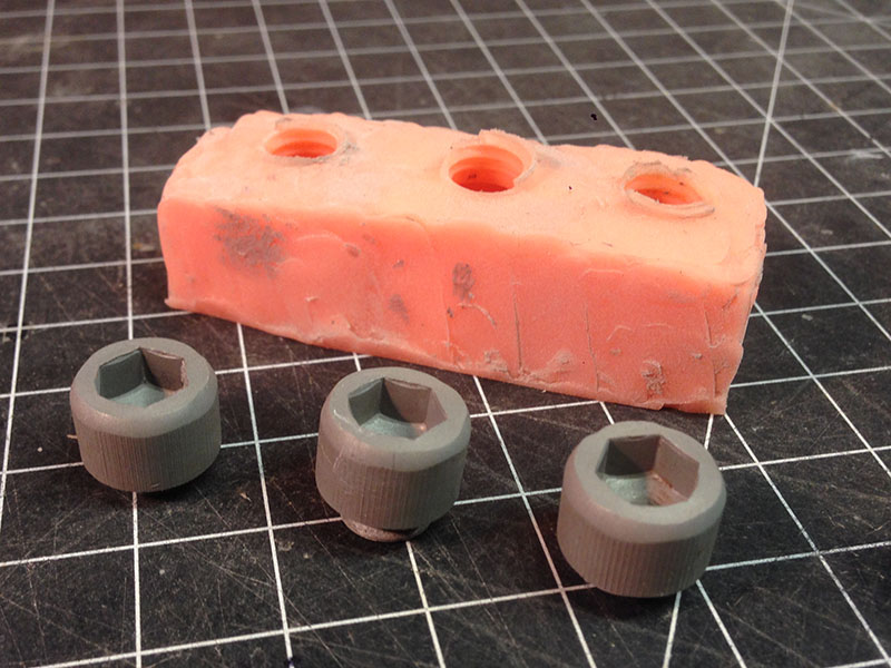 plastic_screws