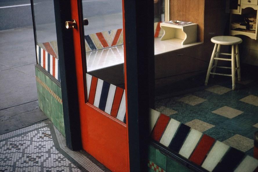 Fred Herzog: Empty Barber Shop, 1966. © Equinox Gallery