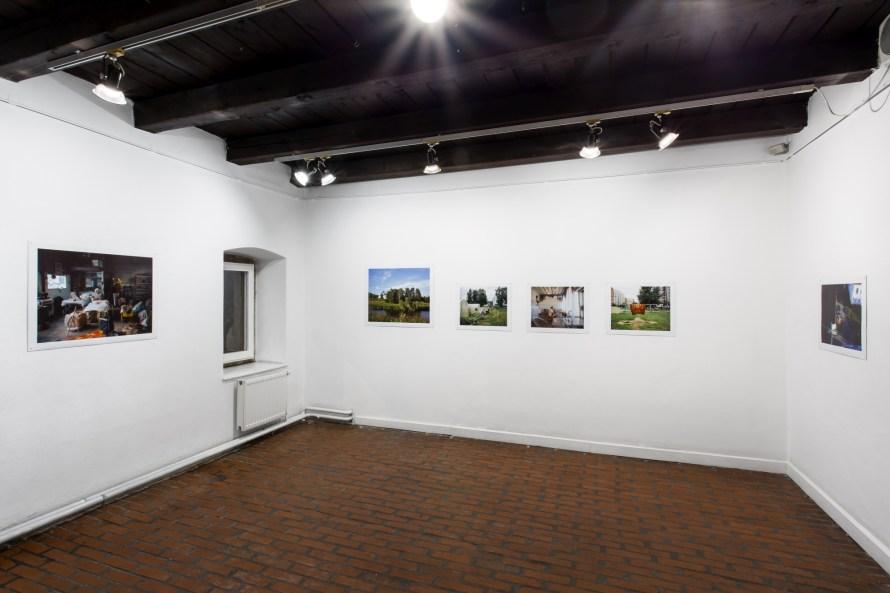 Képzeljétek el – Választott múltak, felforgatott tények, enteriőr. Ieva Epnere: Majdnem ott voltam, 2012. Fotó: Juhász G. Tamás.