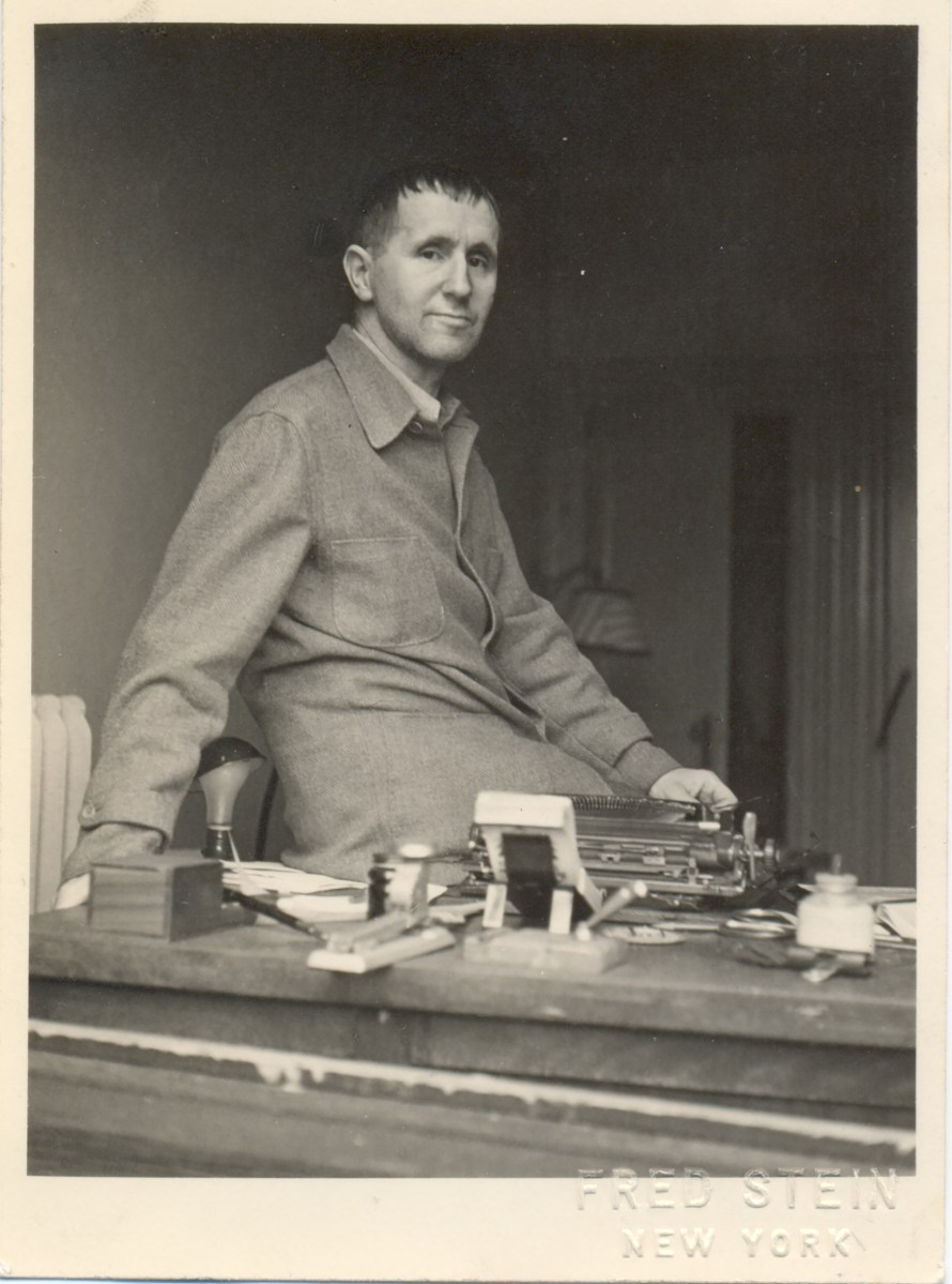 Fotó: <b>Fred Stein</b>: Bertolt Brecht New York, 1943/1944<br> © Stanfordville, NY, Fred Stein Archive