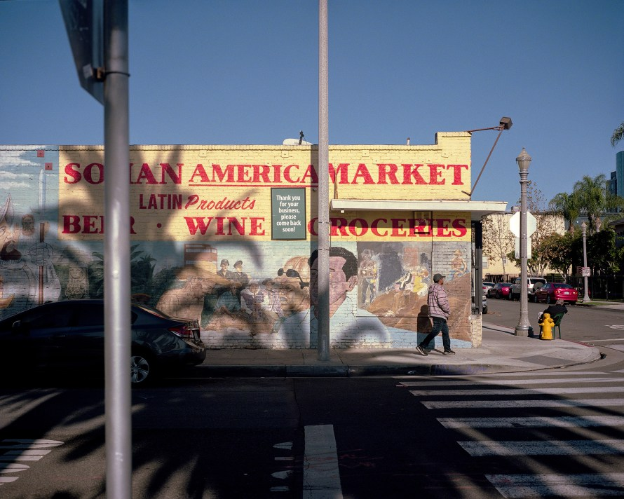 Fotó: <b>William Camargo</b>: After Stephen Shore but in Penquin City and Paisa , 2019; from the series Origins & Displacements: Making Sense of Place, Histories & Possibilities
