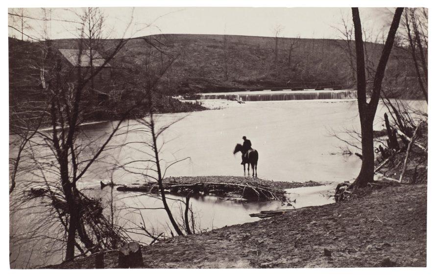 Fotó: possible by George N. Barnard: View of a Soldier Watering his Horse, Bull Run, Blackburn's Ford, Virginia, 1861-1862