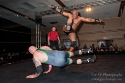 Pauly Thomaselli vs. Chris Logan