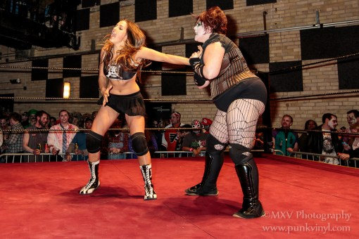 Mickie/Paloma vs. D'Arcy/Mary