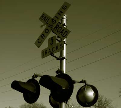 Railroad crossing by MXV