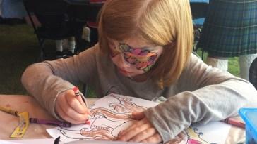 girl-drawing