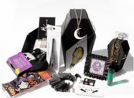 Black Box Subscriptions is a genius idea for those who want a monthly subscription box, but prefer the gothic lifestyle. Perfect treats for the dark hearted.