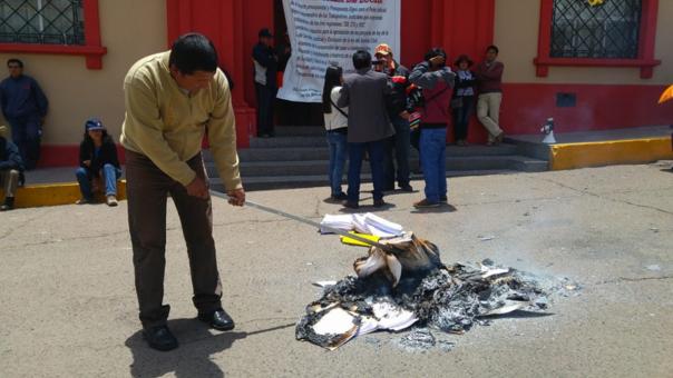 Litigantes y sus abogados son los más perjudicados con huelga indefinida. | Fuente: RPP | Fotógrafo: Blas Condori