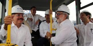 Danilo Medina visita CEPM