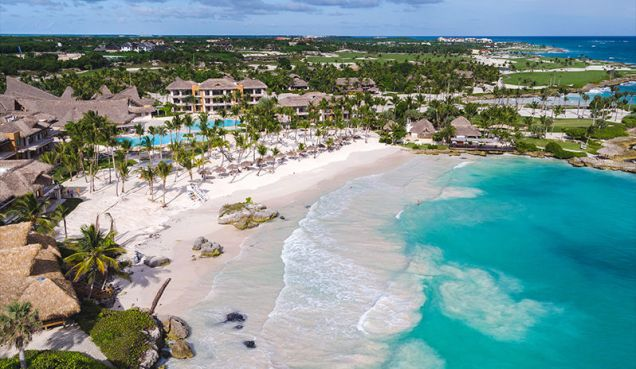 Eden-Roc-at-Cap-Cana-beach