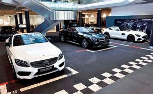 Interior Mercedes-Benz Madrid Flagship Store - PUNTA TACÓN TV