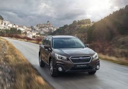 Subaru Outback Executive Plus-S frente - PUNTA TACÓN TV