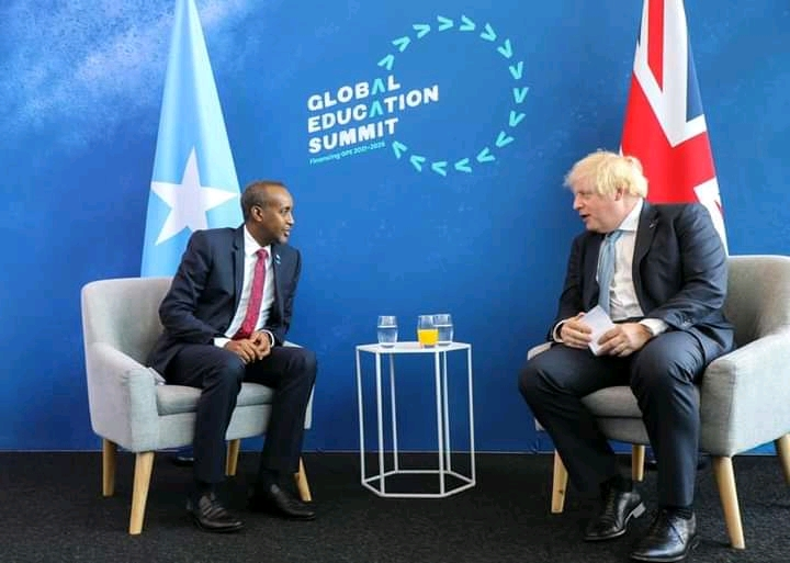 Rooble oo la kulmay Boris Johnson