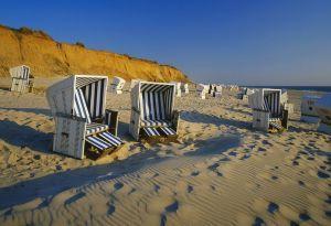 tipica cesta in spiaggia