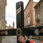 la croce lignea più antica delle processioni di pasqua a troia