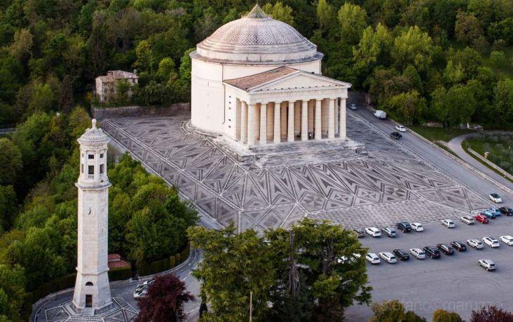 foto dall'alto del tempio canoviano