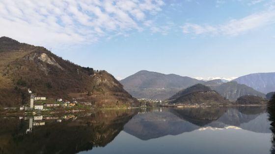 Perché visitare il Veneto: lago di corlo