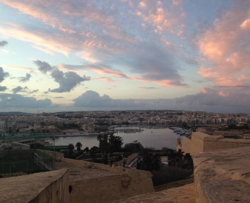 serata maltese