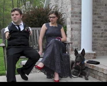 Service Dogs Take Their Disabled Teens To Prom