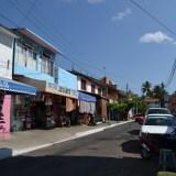 メキシコ・ウアトゥルコの町並み(商店)の写真