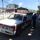 Hierve el Agua行きの相乗りトラックの写真
