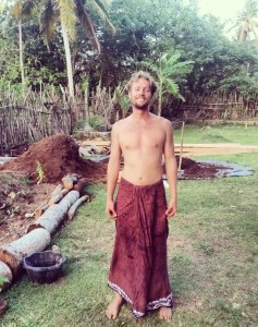 Dean, through permaculture principles,  has just completed building a vegetable garden, reed bed and food forest in southern Sri Lanka. It has been a great opportunity to implement permaculture systems, food forestry and contribute to making The Doctor's House a more sustainable place.