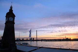 Pura Vida Sometimes: Sunset in Düsseldorf, Germany