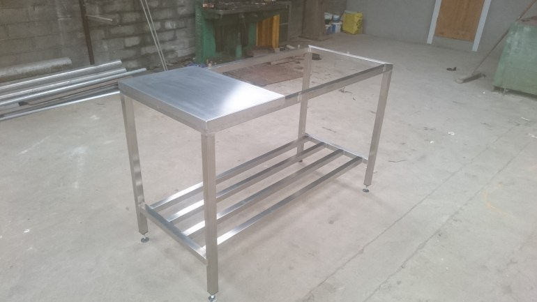 Stainless Steel tables with rack