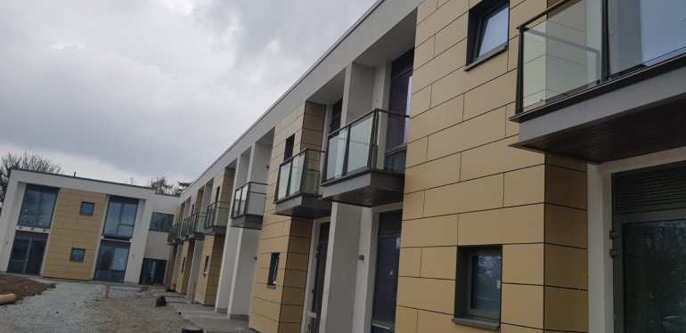 Installed balconies at Peamount Hospital 2