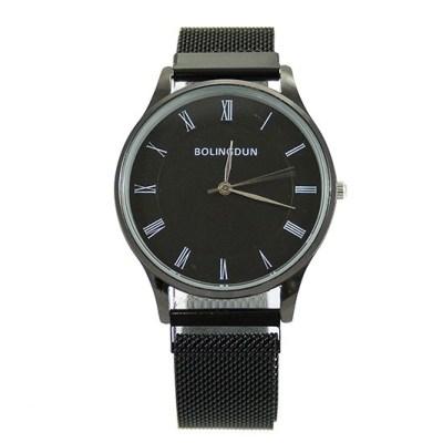 zwart-metalen-quartz-horloge