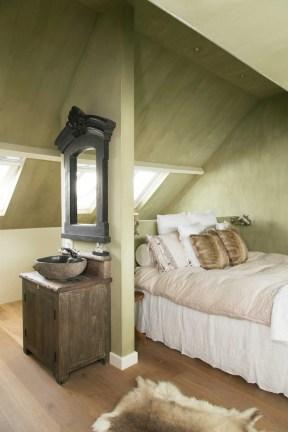 slaapkamer-zolder-wastafel
