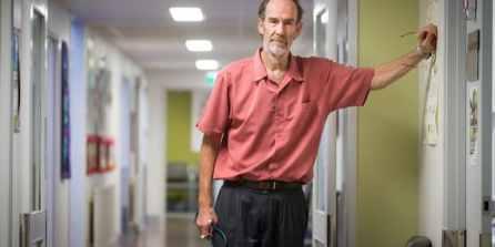 Docteur Alan Kelly, 61 ans ne trouve pas de remplaçant