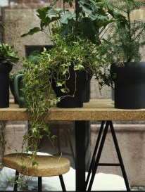 Kruk-en-tafel-van-Ilse-Crawford_img500
