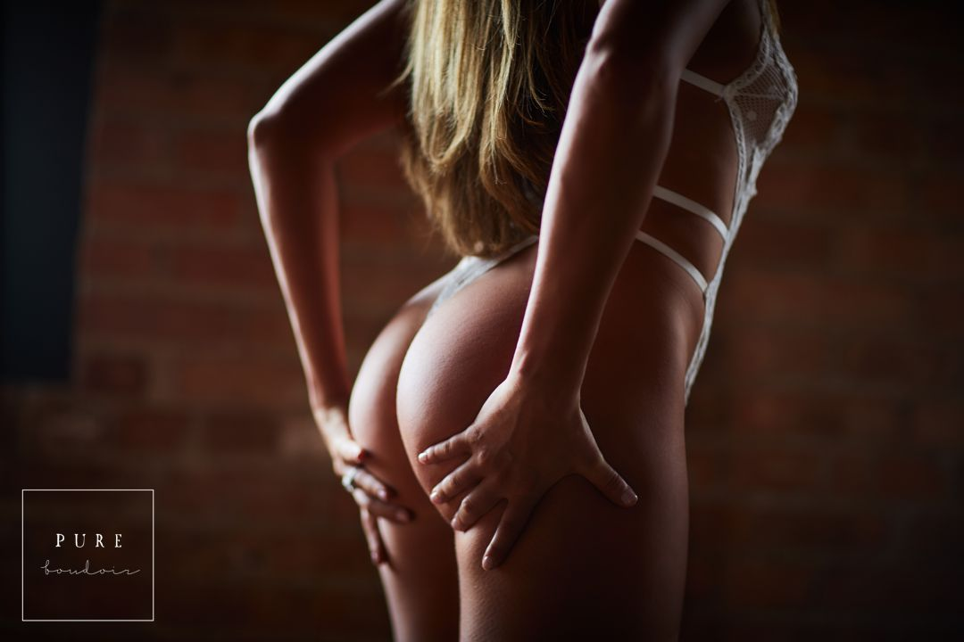 sensual boudoir session