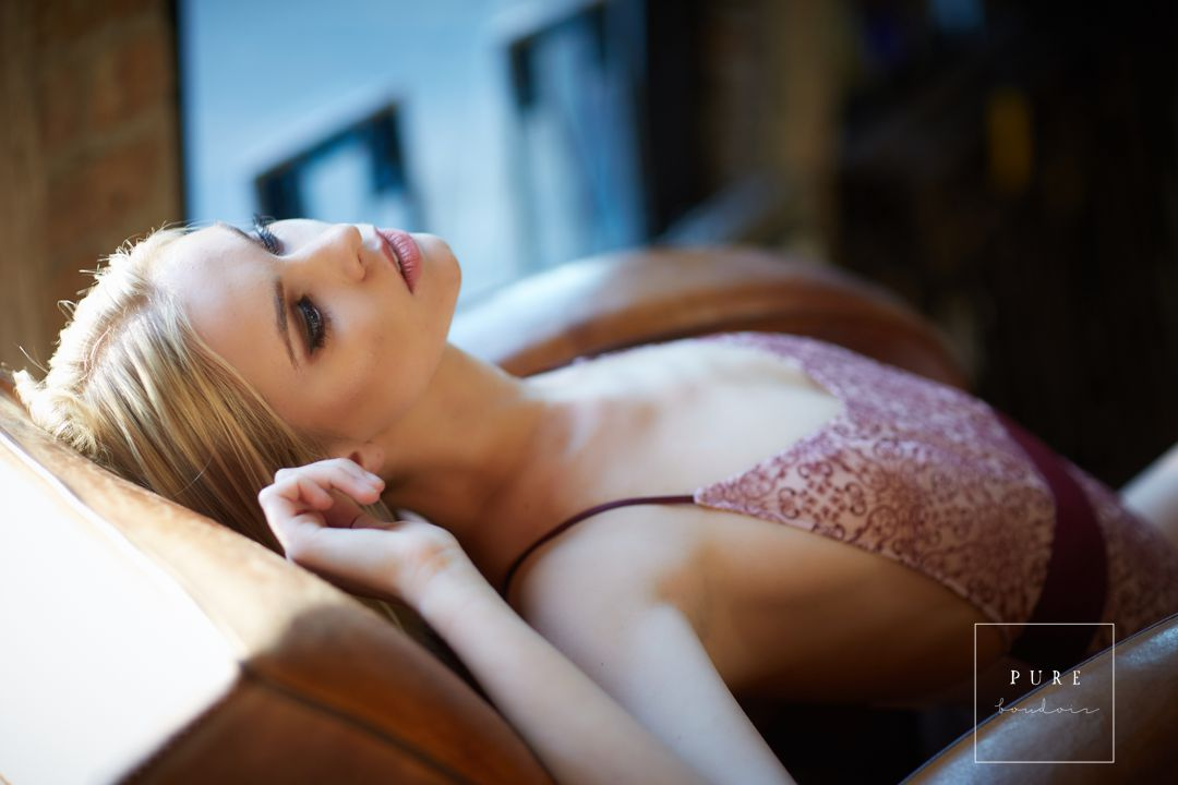 chicago boudoir sensual classy - Chicago Creative Boudoir and Portfolio Building