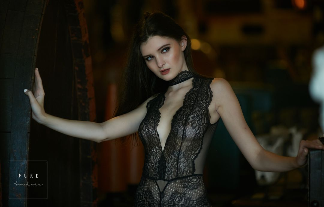 chicago lingerie sensual elegant classy - Creative Boudoir and Portfolio Building