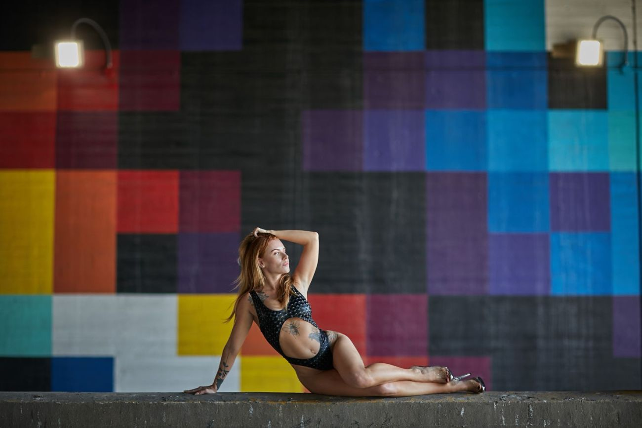 elegant classy fitness boudoir photography